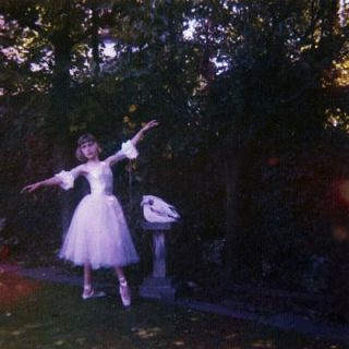Wolf Alice - Visions of a Life (2017) 320 kbps